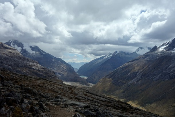 Peru - Punta Union Pass, View what lies ahead, Santa Cruz Trek