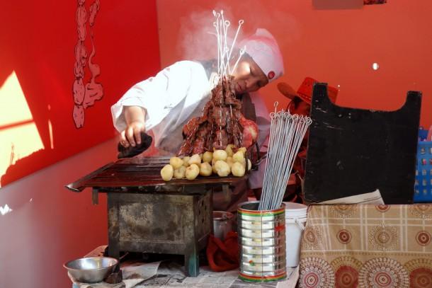 Bolivia - La Paz - Tambo food fair - cow hearts