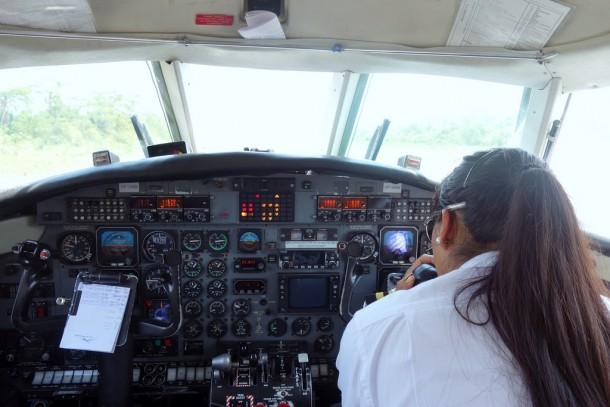 Bolivia - Serere Reserve - Amaszonas Airlines cockpit